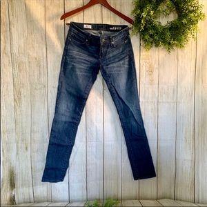 Gap. Always skinny jeans. Size 25